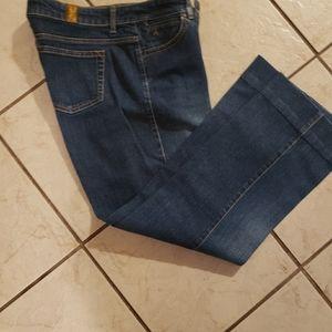 Aura jeans size 4